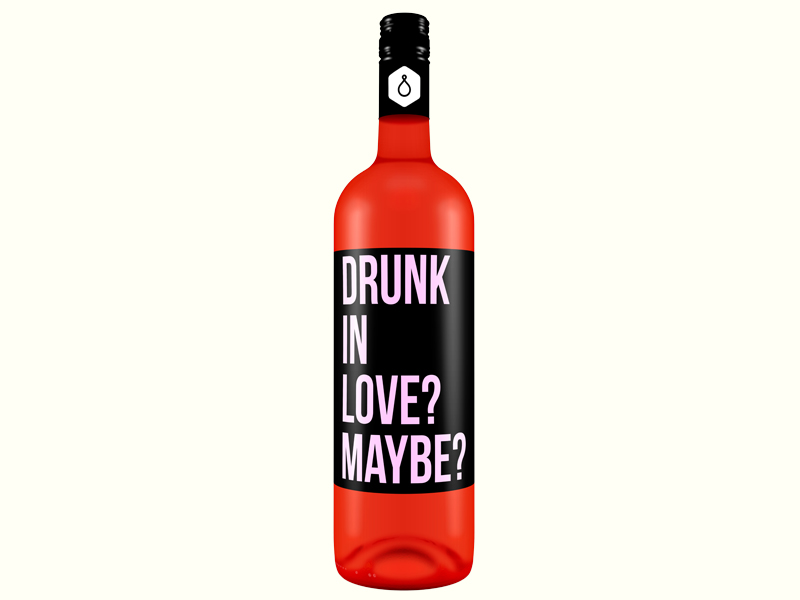¿Comprarías estas botellas de vino con etiquetas honestas?