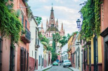 Gracias a la arquitectura de San Miguel de Allende, Guanajuato, ésta fue nombrada la Capital Americana de la Cultura 2019 por su destacable valor barroco.