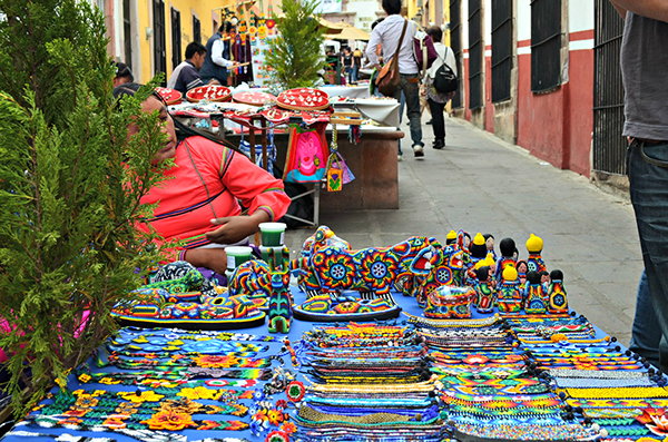 #FotoDelDía: Huichol y México by Yazmin Huerta | Los Wixárikas