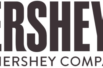 El logotipo de Kisses de Hershey's esconde un beso en su tipografía, seguro lo estás buscando y no lo encuentras, te decimos dónde está.