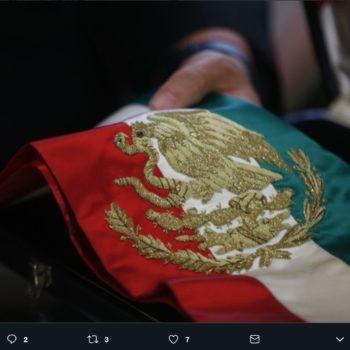 La cámara de diputados y senadores aprobaron el cambio de orden de los colores de la banda presidencial para el próximo periodo presidencial.
