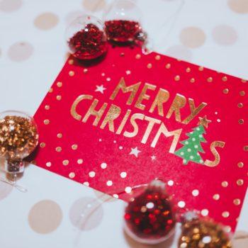 Esta es la época de las Tarjetas Navideñas, ya sea para invitar a la celebración, como agradecimiento, presentación o simplemente para regalar.