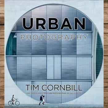 El libro Urban Photography explica como en el tiempo que recorres unas calles puedes capturar cientos de paisajes o momentos apasionates.