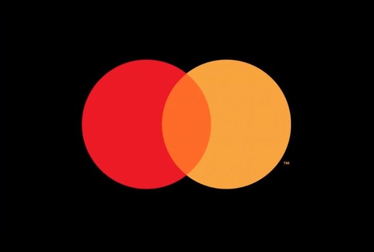 Mastercard elimina su nombre de su logotipo pues para ellos su imagotipo representa más que cualquier tipografía que tengan.