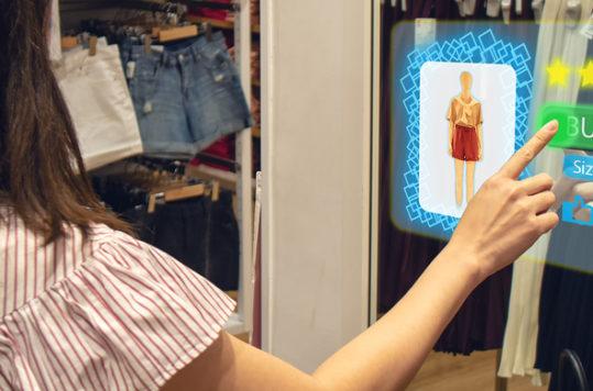 El Retail Design te permite crear una experiencia de compra, la cual es una estrategia positiva y común del neuromarketing.