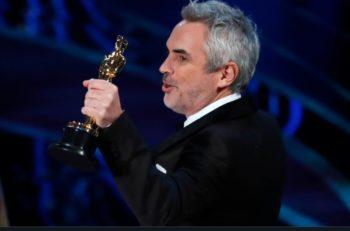 """El Oscar a Mejor Fotografía es para Alfonso Cuarón, quien no iba a ser realizar dicho trabajo sino su compañero previo Emmanuel """"el Chivo"""" Lubezki."""