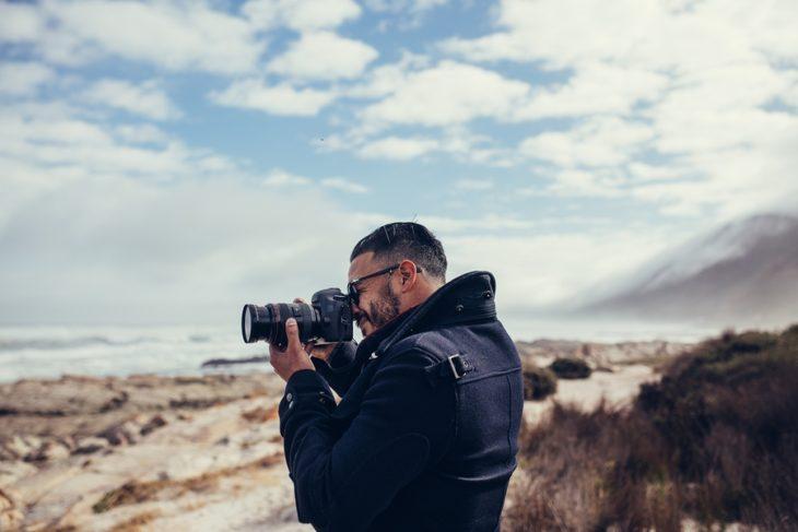 Los parámetros de fotografía son ajustes manuales en la exposición, abertura y otros, para las distintos escenarios y tomas, te decimos los más comunes.