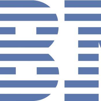 El logo de IBM tiene un pasado más redondo de aquellas franjas que tanto reconocemos en la actualidad y que permanece desde hace más de 40 años.