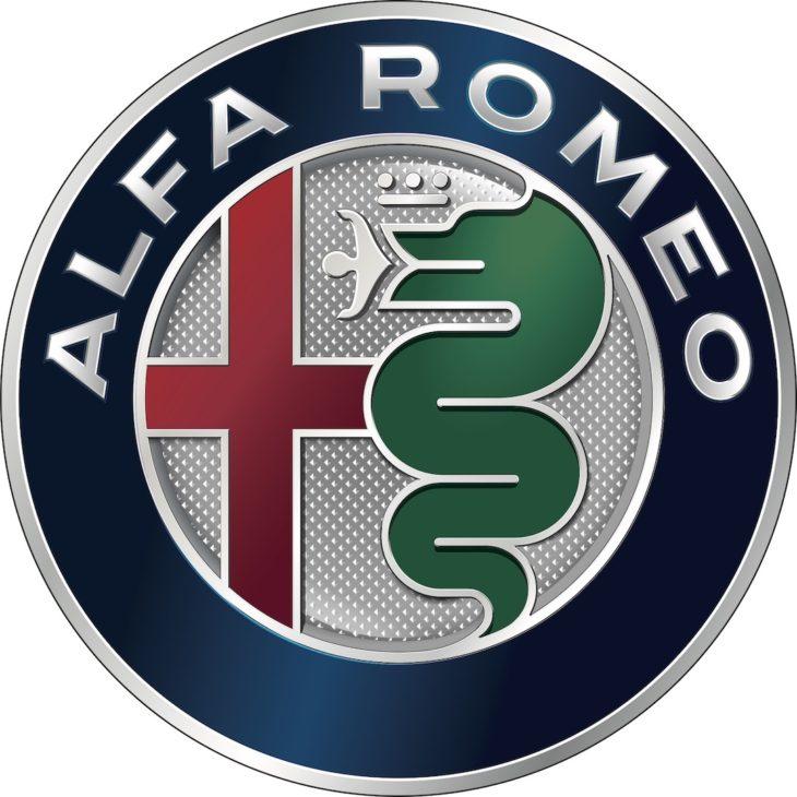 El logo de Alfa Romeo se mantiene constante desde 1910 y aunque ha tenido modificaciones, tiene muy marcado lo que quiere representar.