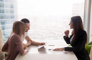 Una consultoría en Diseño Gráfico es un procedimiento llevado por expertos para explotar la identidad visual de tu marca o empresa.