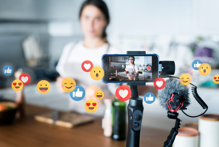 Para impulsar las redes sociales es necesario aplicar diferentes tácticas para crear una relación entre el público y la marca.